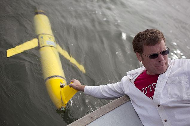 Planadores fazem parte de pesquisa no oceano Atlântico conduzidas por grupos dos EUA e do Canadá