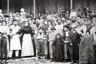 Imigrantes chegam a São Paulo no começo do século 20. Hoje, os principais fluxos de imigrantes vêm da Ásia e da América do Sul
