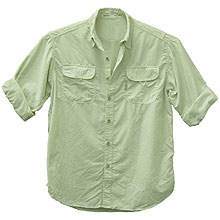 Camisa da empresa Ballyhoo, feita com tecido especial que oferece proteção UV