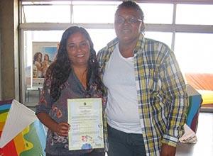 Justiça concede certidão de casamento para o casal Cátia Cilene dos Santos e Ana Cristina Soares dos Santos