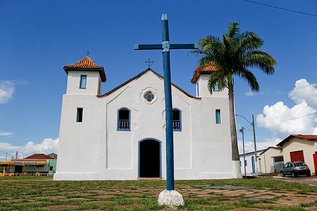 Igreja de Nossa Senhora do Rosário, em Luziânia (GO), onde está enterrado José de Souza