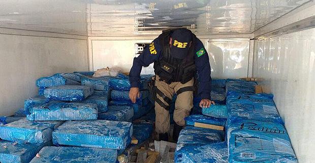 Policial rodoviário apreende carga de maconha; instituição vai atuar apenas em casos emergenciais