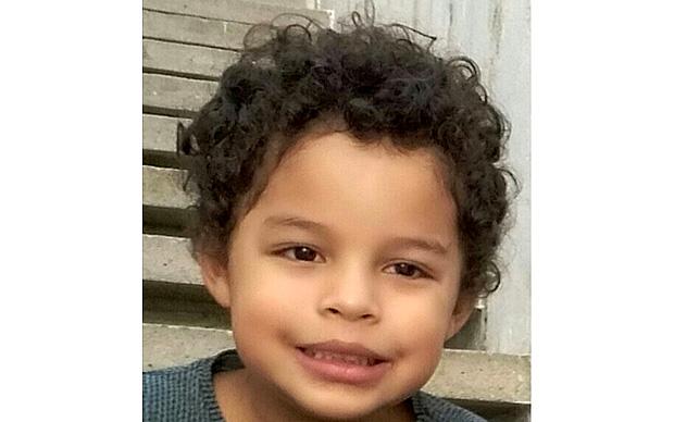 Arthur Aparecido Bencid Silva, de cinco anos, morreu após ser ferido por bala durante queima de fogos