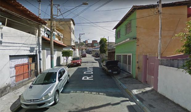 Rua Duarte Moreira, na Vila Miriam, onde dois dos quatro jovens foram mortos a tiros em SP