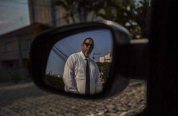 Marcos Bujes, 43, que trabalha na cidade de São Paulo com carro com placa de Guarulhos