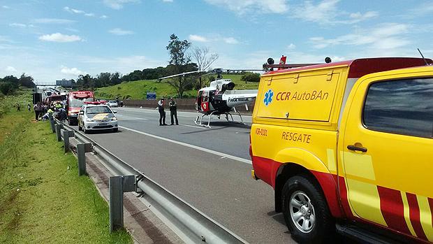 O ônibus atinge ciclista no km 74 da rodovia Anhanguera, em Vinhedo (SP)