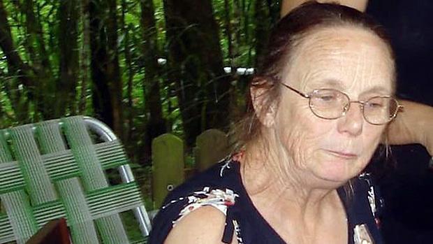 Professora aposentada apresentou sintomas de reação à vacina no dia seguinte à visita ao posto de saúde