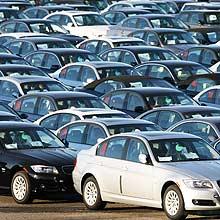 Montadoras registram mais de 300 mil veículos e R$ 12 bilhões parados nos pátios