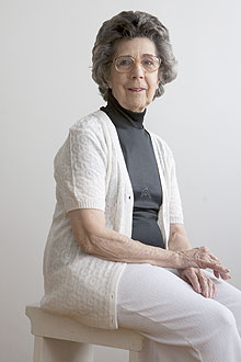 Vera Magalhães, 80, teve deficiência de vitamina diagnosticada devido à osteoporose