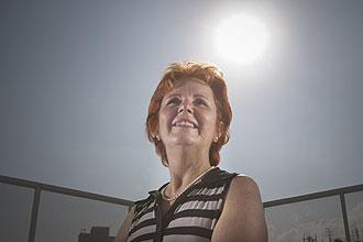 A aposentada Suely Pedroso Riskala, 58, toma vitamina D há mais de dez anos; ela não se expunha ao sol diariamente