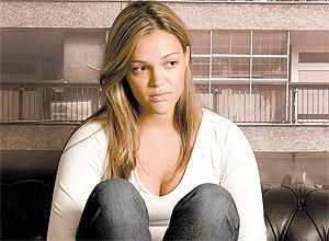 A vendedora Mariana Vasconcelos do Prado, 26, não consegue dormir sem tomar o Rivotril