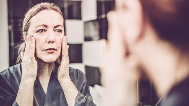 Acordar mais disposto e ter uma pele com aparência mais saudável são alguns efeitos notados