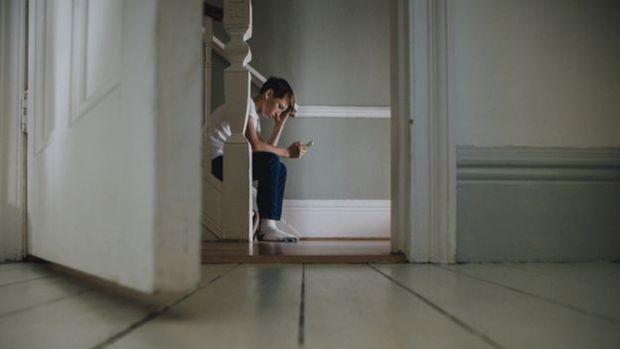 Pesquisas apontam elos entre uso de redes sociais e depressão e ansiedade entre adolescentes