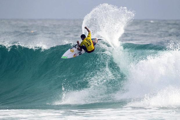 O campe�o mundial de surfe no World Surf League (WSL),Adriano de Souza, mais conhecido como Mineirinho