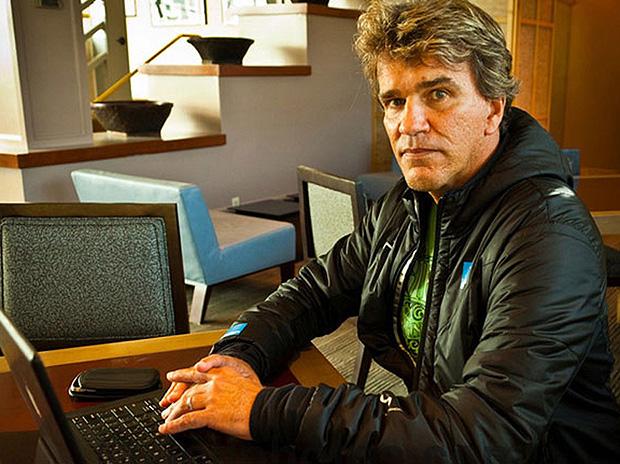 O catarinense Renato Hickel é diretor geral da divisão de elite masculina do Mundial de surfe