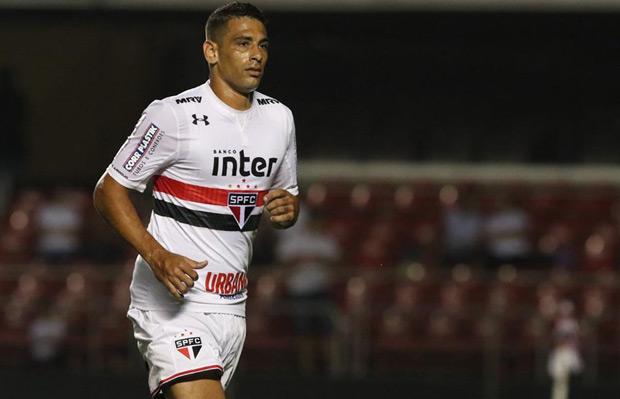 Diego Souza durante jogo do São Paulo contra o Novorizontino