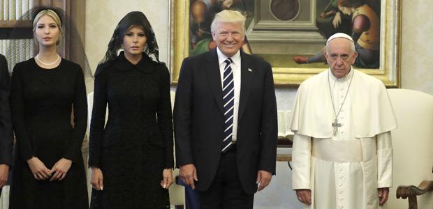 Ivanka, Melania e Donald Trump encontram o papa Francisco no Vaticano