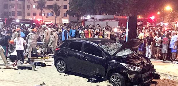 Carro de motorista que atropelou ao menos 17 pedestres em Copacabana; uma bebê morreu