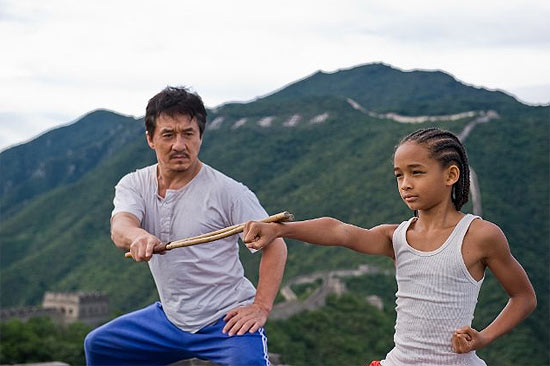 """Jackie Chan e Jaden Smith estrelam remake de """"Karate Kid""""; filme faturou US$ 56 milhões em bilheteria"""