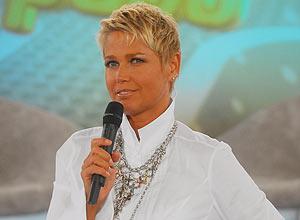 Apresentadora Xuxa utilizaria avião que caiu na baía de Guanabara para ir a Recife nesta quinta-feira