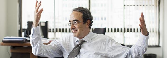 Sao Paulo, SP, Brasil. 19/12/2012. Carlos Augusto Calil, secretario de Cultura municipal de Sao Paulo durante entrevista em seu gabinete. ( Foto: Lalo de Almeida/Folhapress, ILUSTRADA ) ***EXCLUSIVO FOLHA***