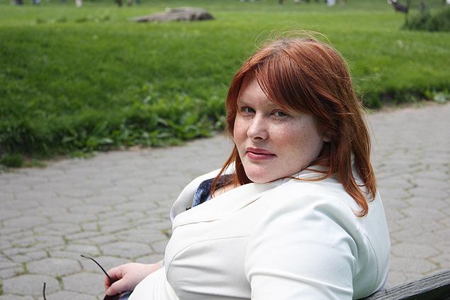 """A escritora Cassandra Clare, autora de """"Os Instrumentos Mortais"""", que está em SP para a Bienal"""