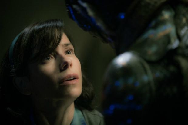 Sally Hawkins em cena do filme 'A Forma da Água', de Guillermo del Toro