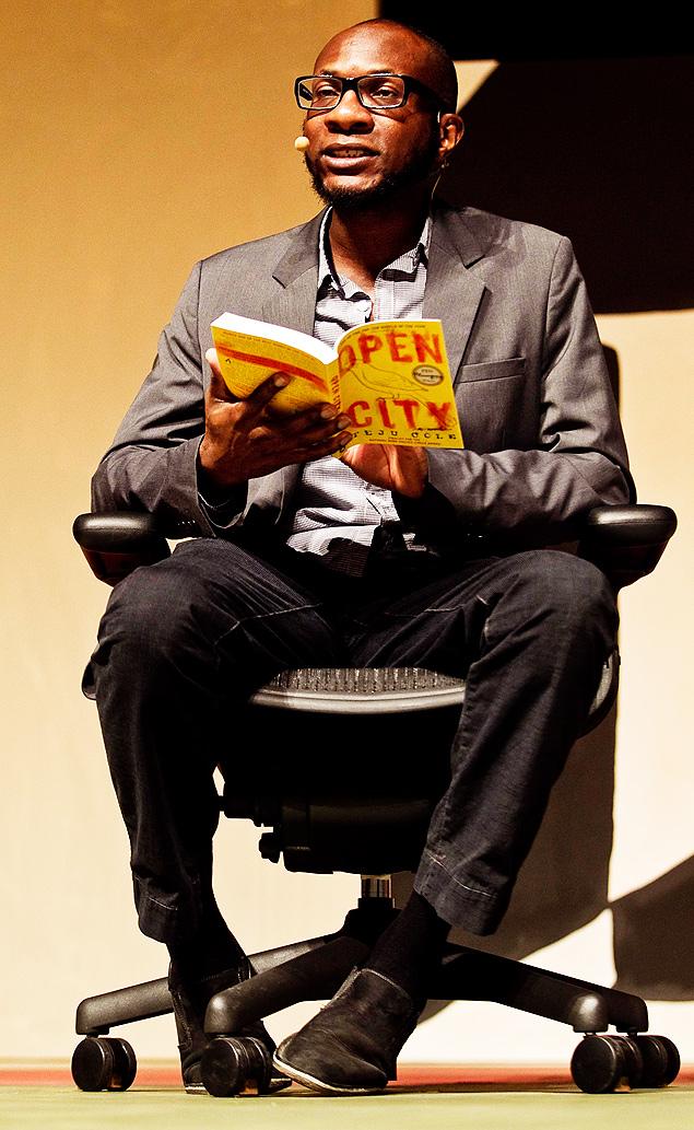 O escritor Teju Cole na Flip 2012