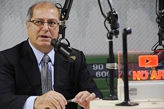 Internet banda larga deve custar entre R$ 25 e R$ 35 por mês, afirmou ministro Paulo Bernardo hoje, em programa radiofônico