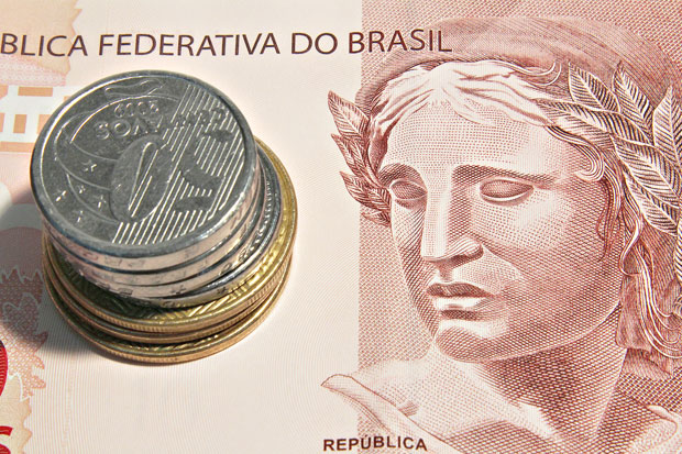 Banco Central cortou juros pela décima vez seguida e taxa Selic recuou para 7% ao ano