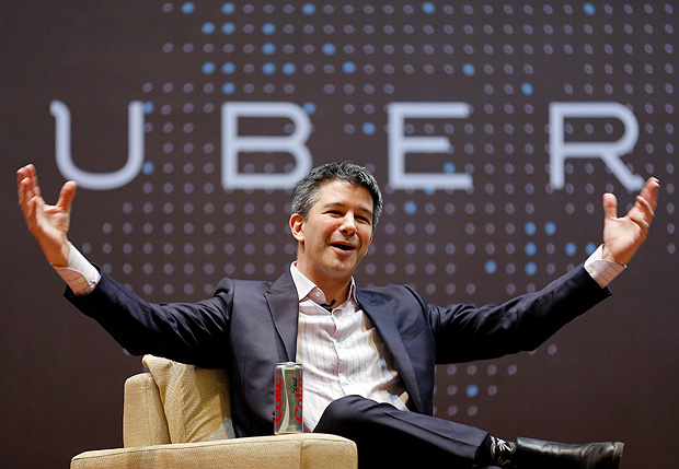 FILE PHOTO - Uber CEO Travis Kalanick speaks to students during an interaction at the Indian Institute of Technology (IIT) campus in Mumbai, India, January 19, 2016. REUTERS/Danish Siddiqui/File Photo TPX IMAGES OF THE DAY ORG XMIT: DEL07