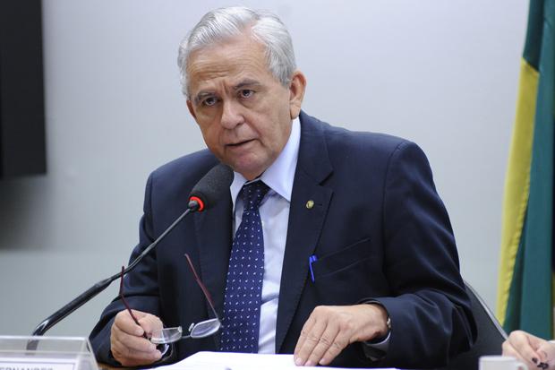 BRASILIA, DF, 24-02-2016 - Reunião ordinária. Dep. Pedro Fernandes (PTB-MA) Credito:Lucio Bernardo Junior/Câmara dos Deputados DIREITOS RESERVADOS. NÃO PUBLICAR SEM AUTORIZAÇÃO DO DETENTOR DOS DIREITOS AUTORAIS E DE IMAGEM