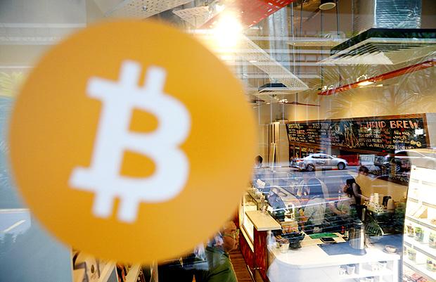 Índia alerta para negociações com bitcoin e compara criptomoeda a esquema de pirâmide