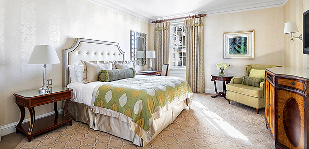 PHOTO MOVED IN ADVANCE AND NOT FOR USE - ONLINE OR IN PRINT - BEFORE JAN. 21, 2018.? A room in the Pierre in New York is shown in this photo provided by the luxury hotel. A recent 15-minute stay cost $69.95. Hotels are collaborating with outside companies to fill empty rooms with travelers seeking a quiet place to work or take a break for a few hours. (The Pierre via The New York Times) -- NO SALES; FOR EDITORIAL USE ONLY WITH MEDICATIONS TRAVEL ADV21 BY TANYA MOHN FOR JAN. 21, 2018. ALL OTHER USE PROHIBITED. -- ORG XMIT: XNYT119