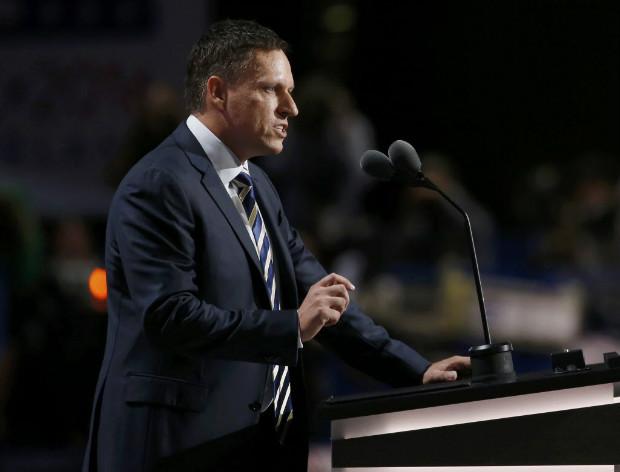 O cofundador do PayPal, Peter Thiel, discursa na Convenção Republicana em Cleveland nesta quinta