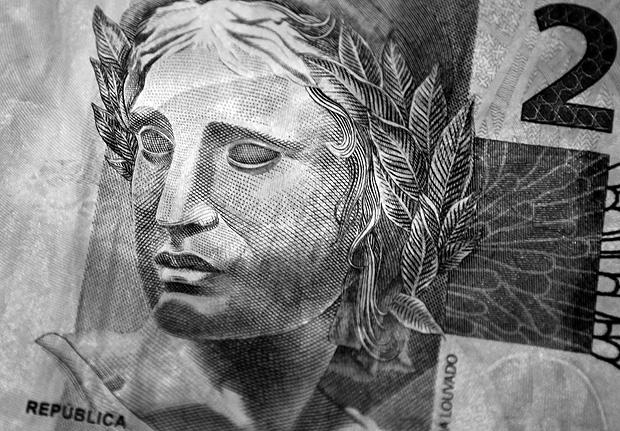 Cédula de R$ 2; Brasil está entre os países que mais oneram os ganhos corporativos