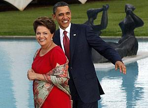 Em sua visita ao país, Barack Obama elogiou a democracia brasileira e sinalizou interesse no petróleo e pré-sal