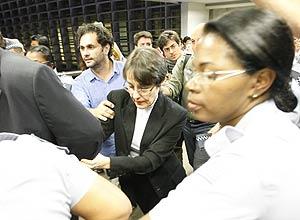 Ana de Hollanda saiu escoltada pela PM de evento na Assembleia
