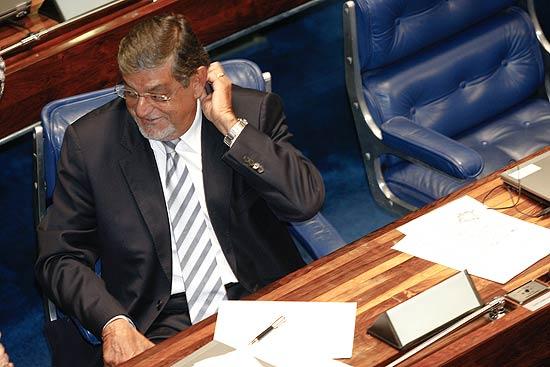 Senador Mário Couto no plenário do Senado