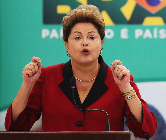 No Palácio do Planalto, Dilma anuncia investimentos em obras do PAC 2