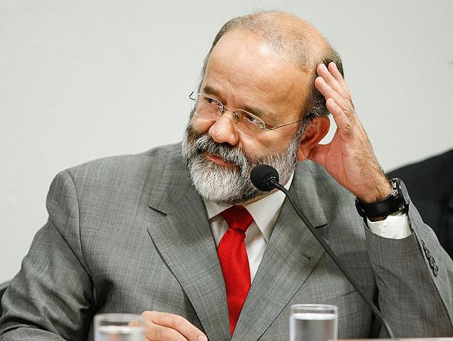 O tesoureiro do PT, João Vaccari Neto, durante audiência no Senado, em maio de 2010