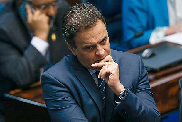 O senador Aécio Neves (PSDB-MG) na sessão de julgamento do impeachment da presidente afastada Dilma Rousseff