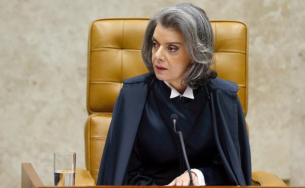 Ministra Cármen Lúcia acaba de assumir a presidência do Supremo