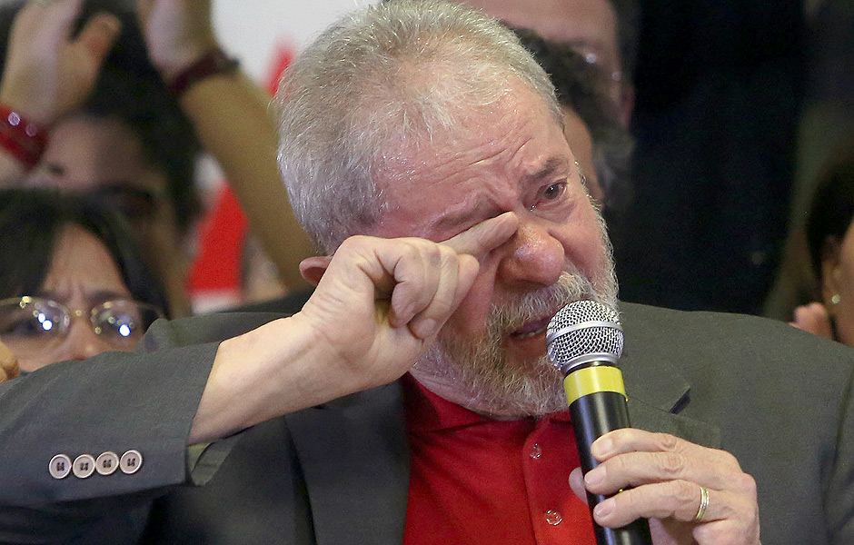 O ex-presidente Lula durante entrevista coletiva para falar sobre as acusações da Lava Jato