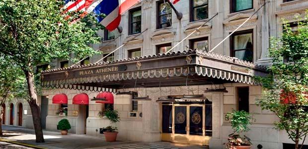 Fachada do hotel nova-iorquino Plaza Athenee, onde Temer se hospedará com créditos deixados por Dilma Rousseff