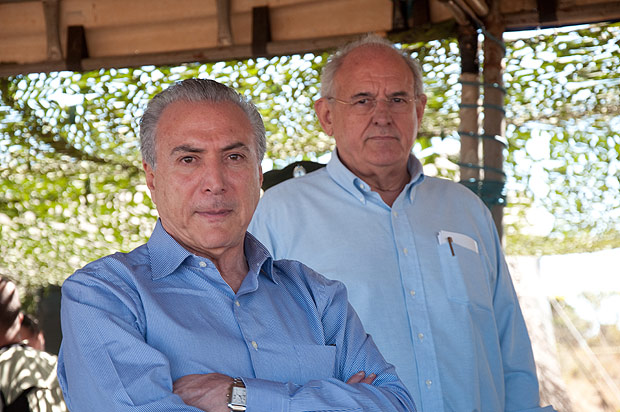 Resultado de imagem para Tasso Jereissati ,Fernando Henrique , Henrique Meirelles e Nelson Jobim