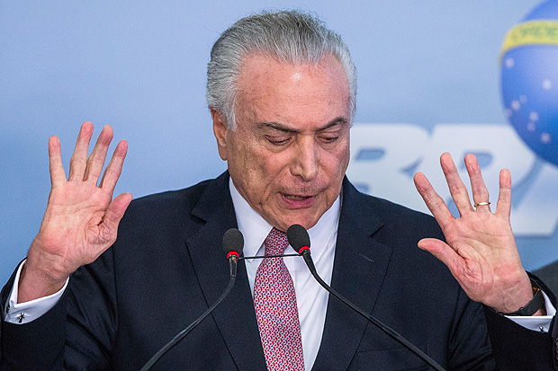 O presidente Michel Temer discursa no Palácio do Planalto