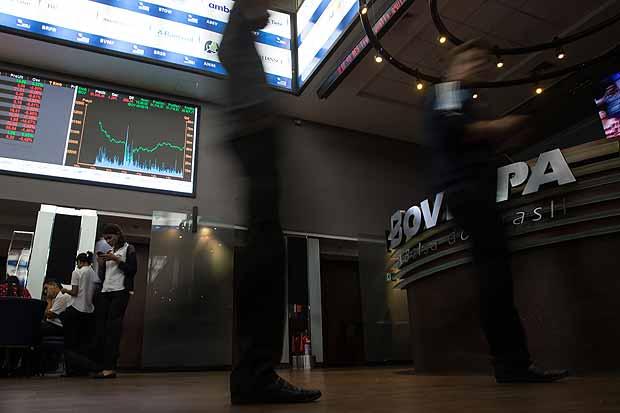 Bolsa brasileira renovou seu maior patamar e voltou a fechar acima de 81 mil pontos