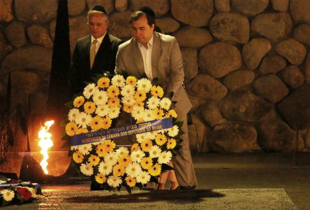 O presidente da Câmara dos Deputados, Rodrigo Maia, visita museu do Holocausto, em Jerusalém
