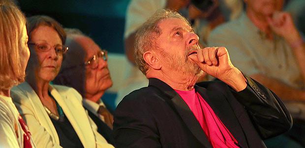 São Paulo SP Brasil 18 01 2018 O ex presidente Luiz Inacio Lula da Silva durante encontro com apoiadores e artistas na Casa de Portugal. Evento na Casa de Portugal,PODER Jorge Araujo Folhapress 703 ORG XMIT: XXX